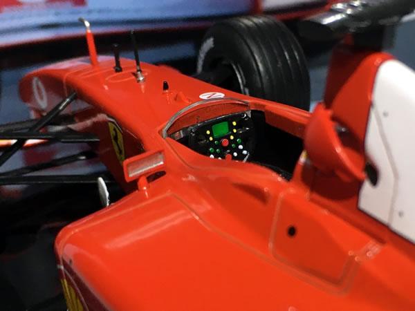 deago_24_no2_f2002_cockpit.jpg