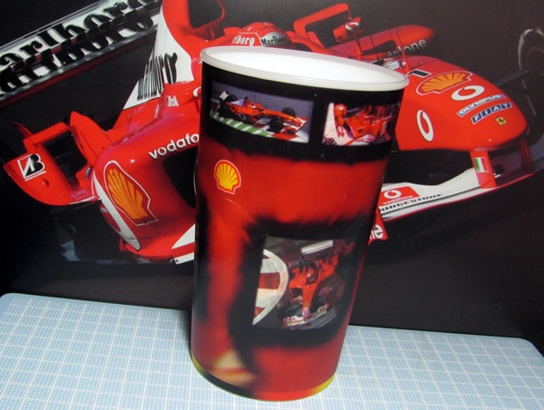ferrari_3d_cup_02.jpg