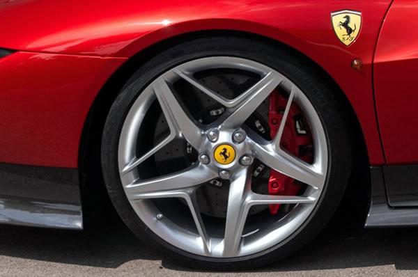 ferrari_sp38_wheel.jpg
