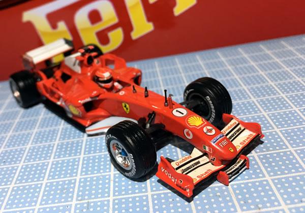 hotwheel_43_f2005_1_front_02.jpg