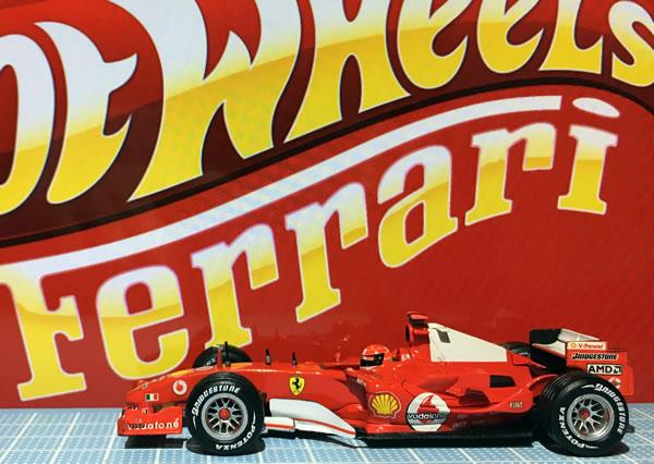 hotwheel_43_f2005_1_side.jpg