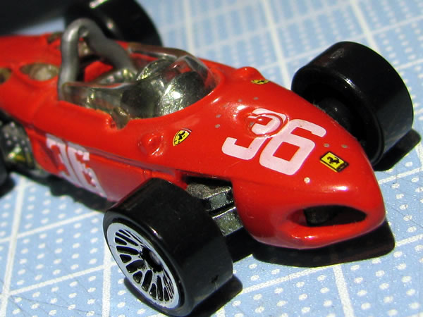 hotwheels_156f1_36_red_front_36_up.jpg