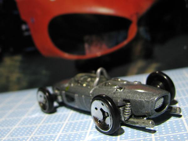 hotwheels_156f1_silver_rear_01.jpg