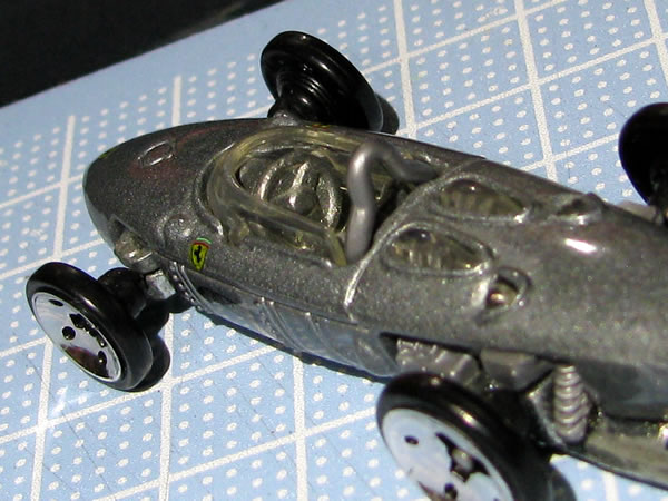 hotwheels_156f1_silver_rear_02.jpg