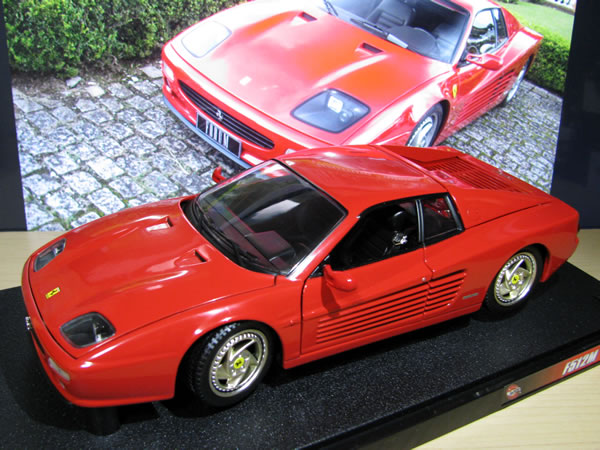 hotwheels_18_f512m_red_03.jpg