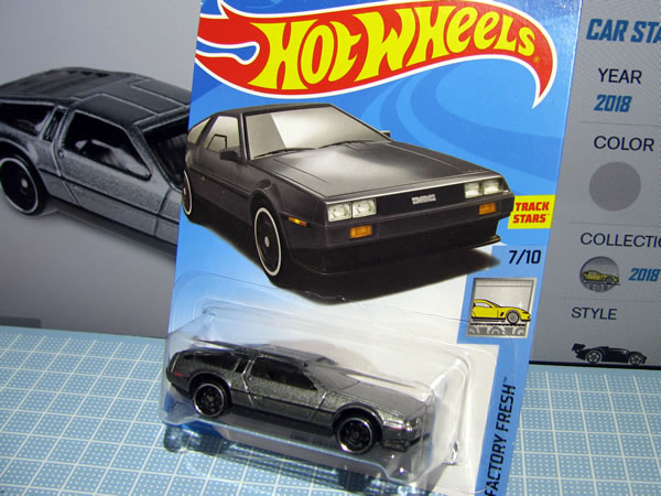 hotwheels_delorean_factory_fresh_package.jpg
