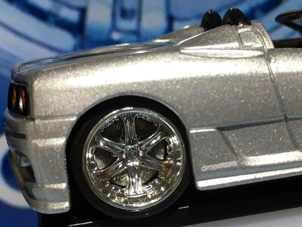 hotwheels_dropstars_360_silver_wheel.jpg