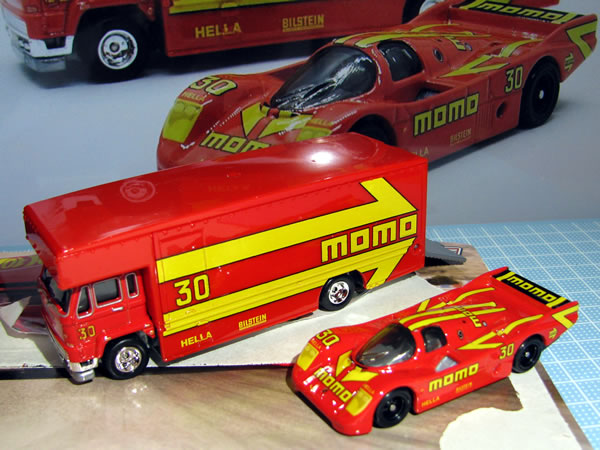 hotwheels_fleetflyer_porsche962.jpg