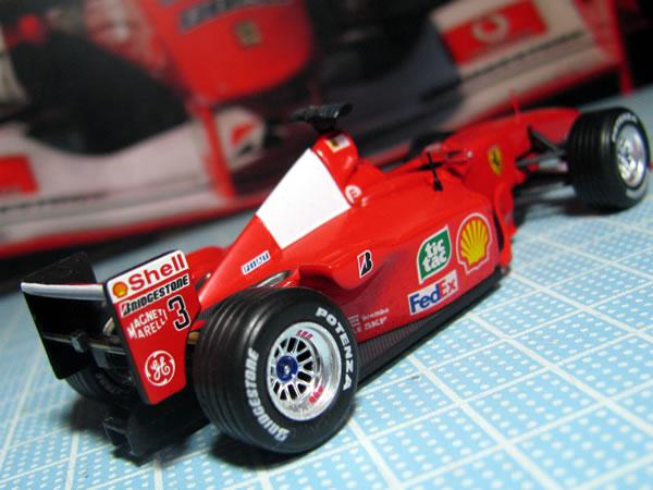 hotwheels_lastoria_ferrari_f1_2000_rear.jpg