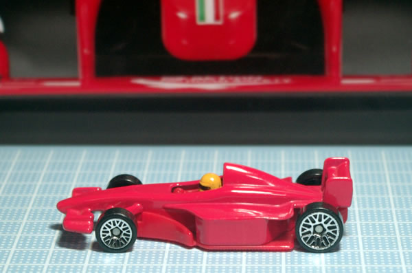 hotwheels_mac_ferrari_side.jpg