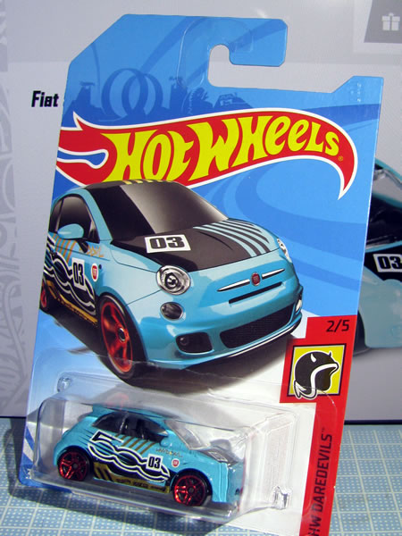 hw_fiat500_daredevils_03_package_01.jpg