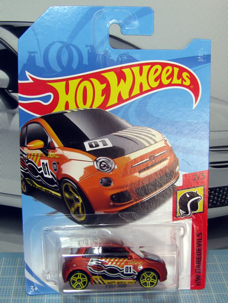 hw_fiat500_daredevils_orange_package.jpg