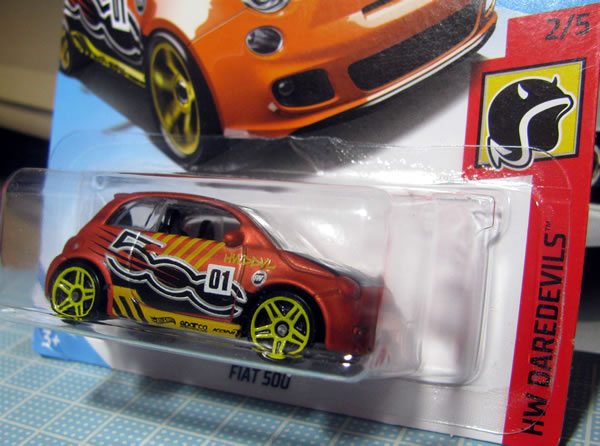 hw_fiat500_daredevils_orange_package_02.jpg