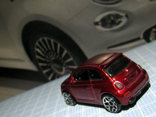 hw_fiat500_red_rear.jpg