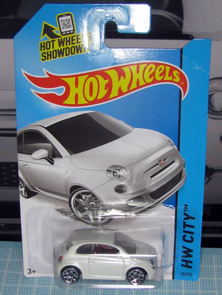 hw_fiat500_white_package_01.jpg
