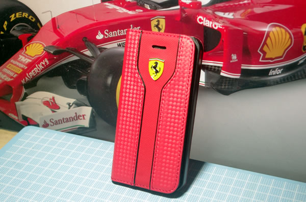 iphone5s_ferrari_case_omote.jpg