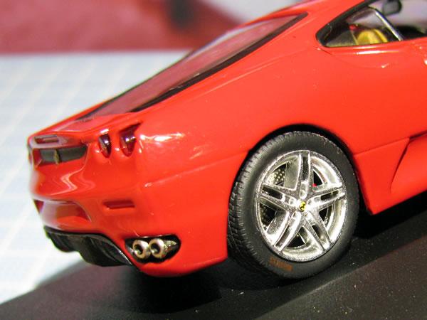 ixo_43_f430_tyre.jpg