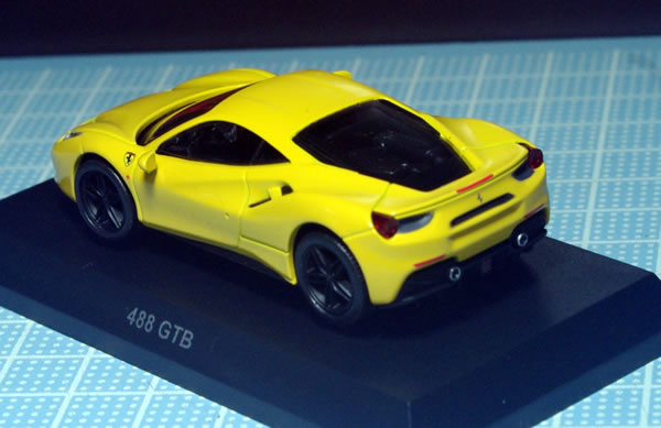 kyosho_ferrari_12_488gtb_yellow_rear.jpg