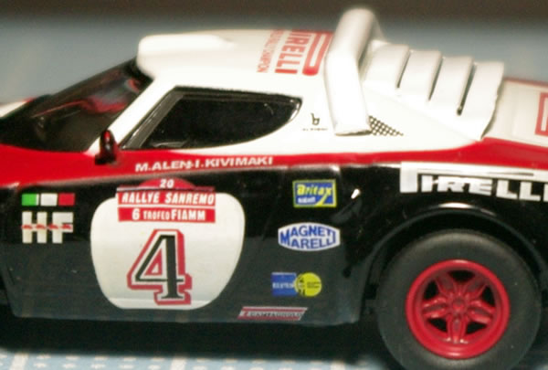 kyosho_fiat_lancia_stratos_4_side_up.jpg