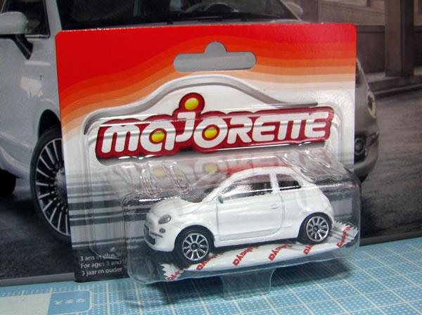 majorette_fiat500_roof_red_box.jpg