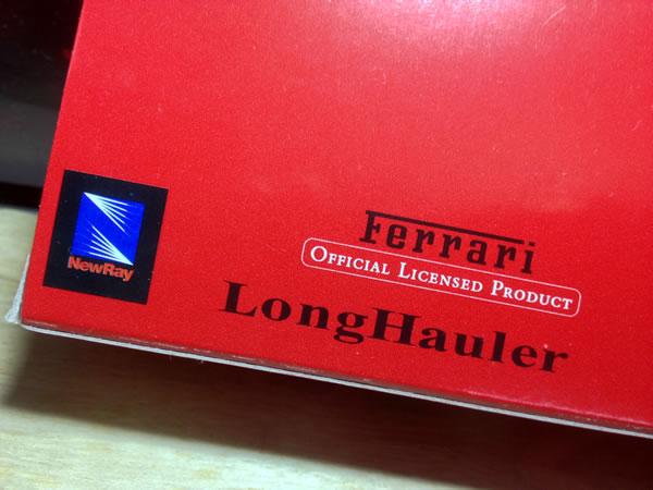 newray_87_ferrari_transporter_2010_package_02.jpg