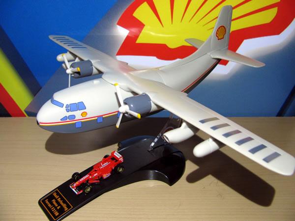 shell_refuelling_plane_f310b_02.jpg