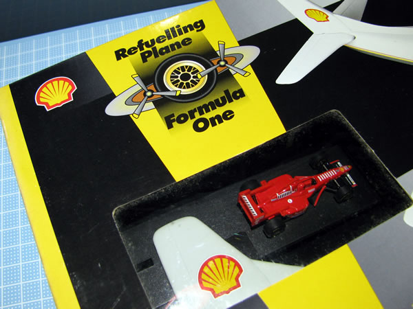 shell_refuelling_plane_f310b_box_03.jpg