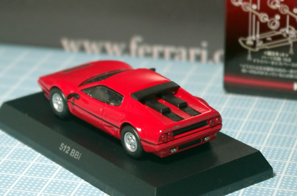 sunkus_ferrari_11_512bbi_red_rear.jpg