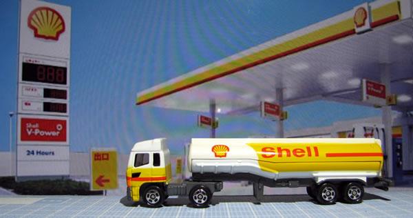 tomica_2009_shell_tanker_02.jpg