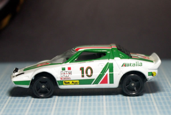 tomica_57_1997_stratos_side.jpg