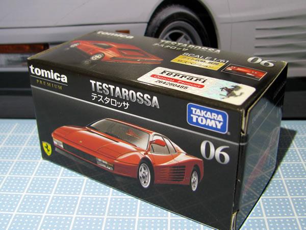 tomica_61_testarossa_2018red_box_01.jpg