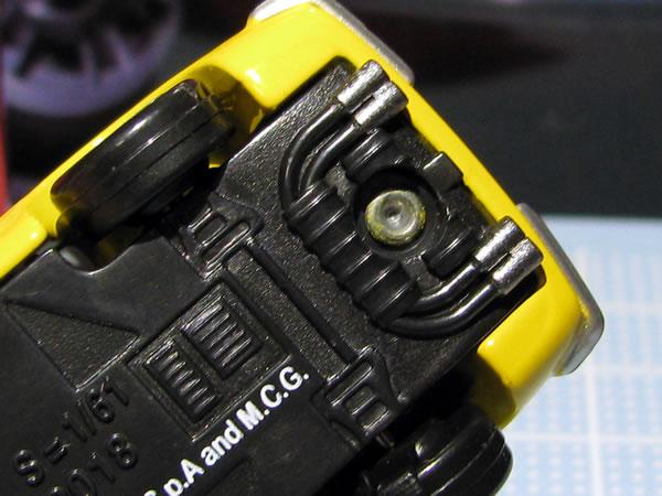 tomica_pre_11_ferrari_dino_yellow_08.jpg