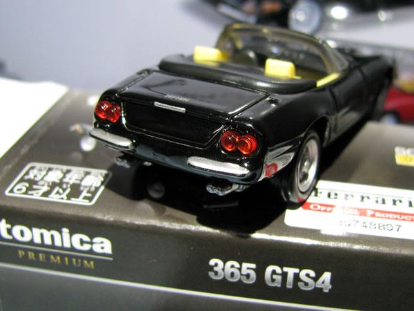 tomica_pre_36_ferrari_365gts_black_rear.jpg