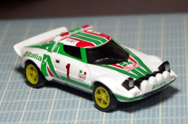 tomica_pre_58_stratos_front.jpg