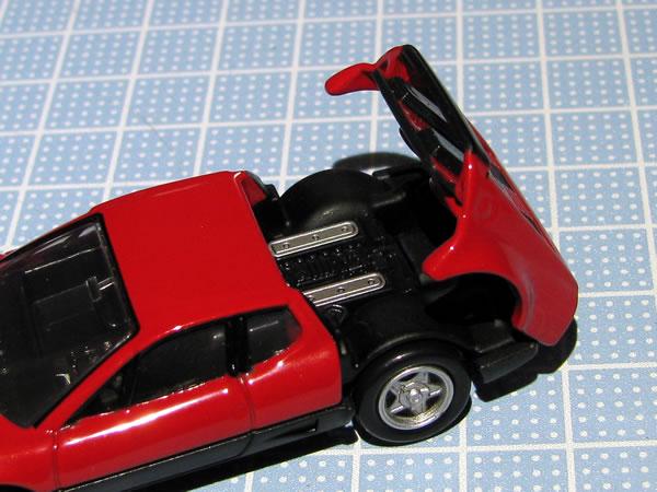 tomica_pre_ferrari_512bb_red_rear_open.jpg