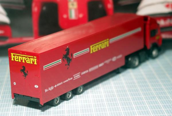 transporter_herpa_87_rear.jpg