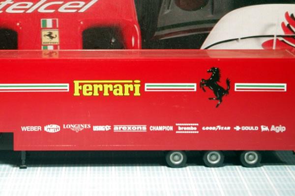 transporter_herpa_87_side.jpg