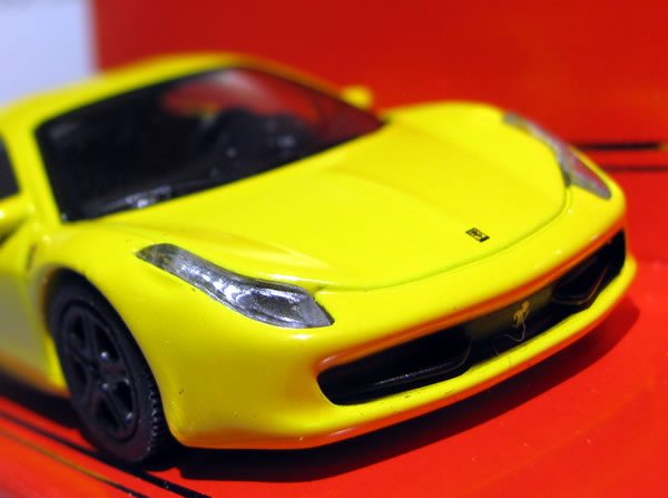 update_schuco_64_ferrari_458italia_yellow.jpg