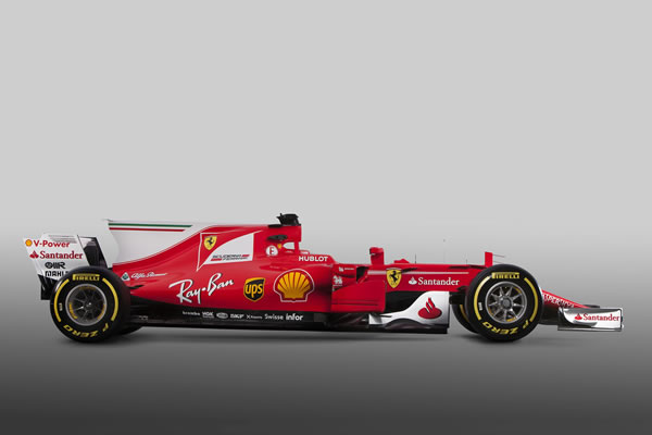 wallpaper_ferrari_sf70h_2400_02.jpg