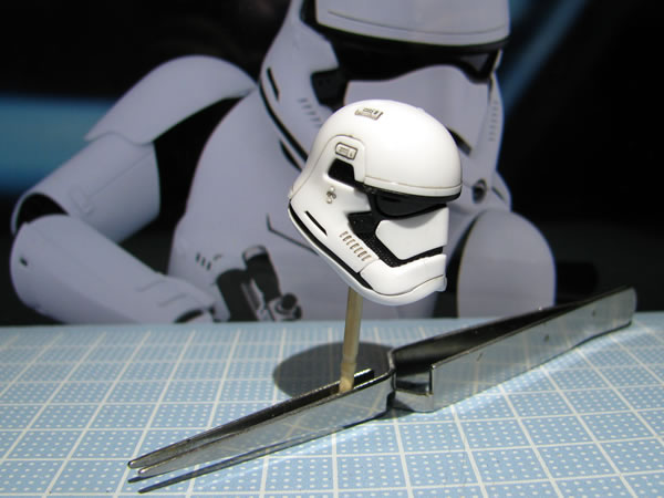 starwars_fo_trooper_head_03.jpg