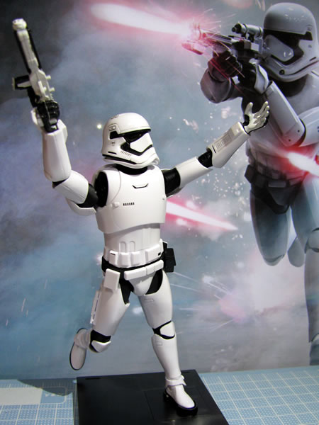 starwars_fo_trooper_head_kansei_05.jpg