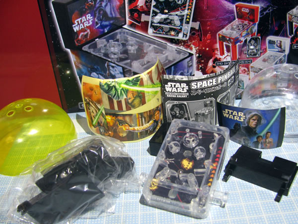 starwars_space_pinball_02.jpg
