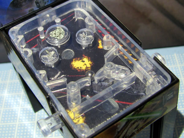 starwars_space_pinball_front_up_up.jpg